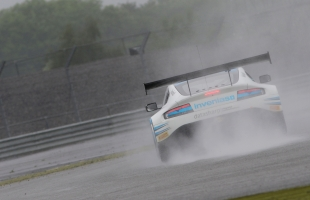 TF Sport retains championship lead despite disappointing Silverstone 500